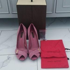 Suede Louis Vuitton Peep Toe Heels